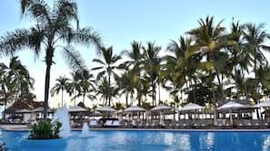Outdoor pool, pool cabanas (surcharge), pool umbrellas