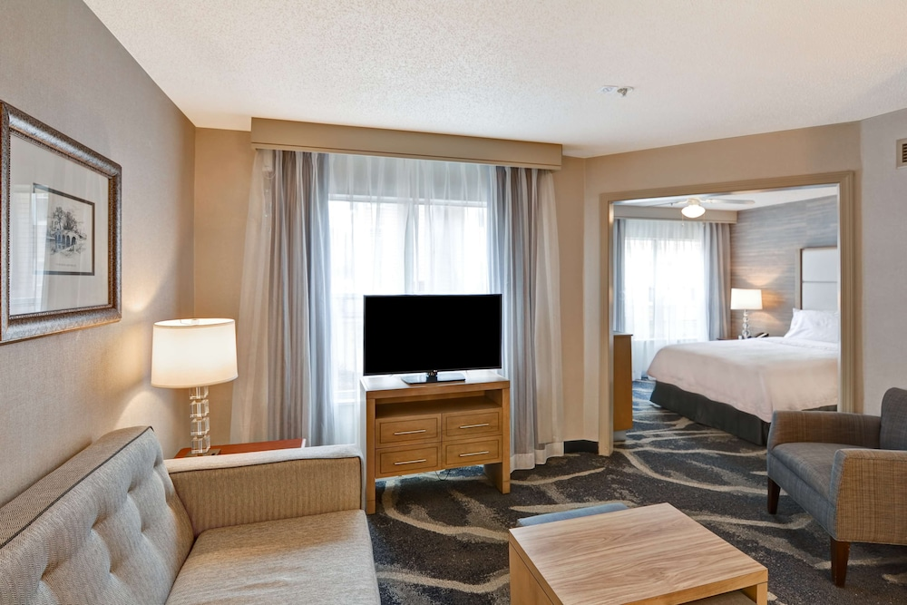Room, Homewood Suites by Hilton Hartford/Windsor Locks