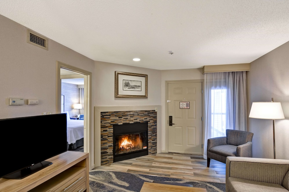 Room Amenity, Homewood Suites by Hilton Hartford/Windsor Locks