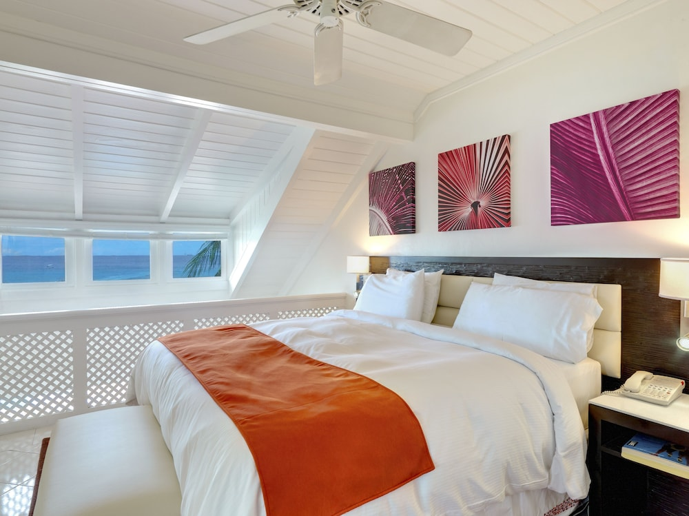 Room, Crystal Cove by Elegant Hotels All Inclusive Resort