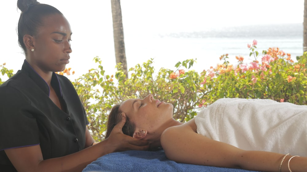 Spa Treatment, Crystal Cove by Elegant Hotels All Inclusive Resort