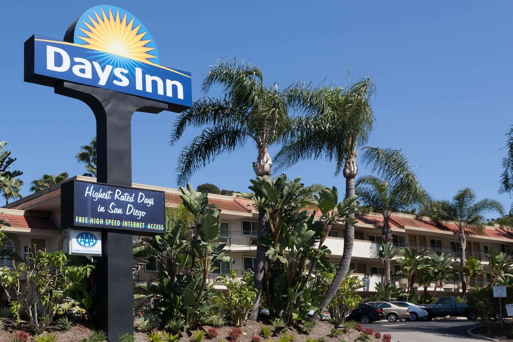 Exterior, Days Inn by Wyndham San Diego Hotel Circle