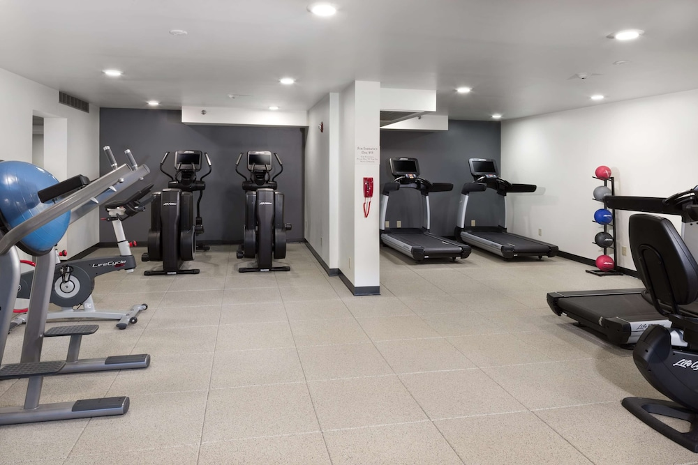 Fitness Facility, DoubleTree by Hilton Hotel Lawrence