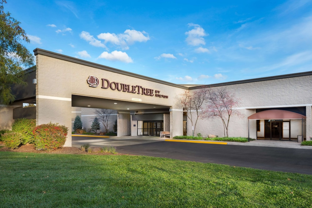 Featured Image, DoubleTree by Hilton Hotel Lawrence
