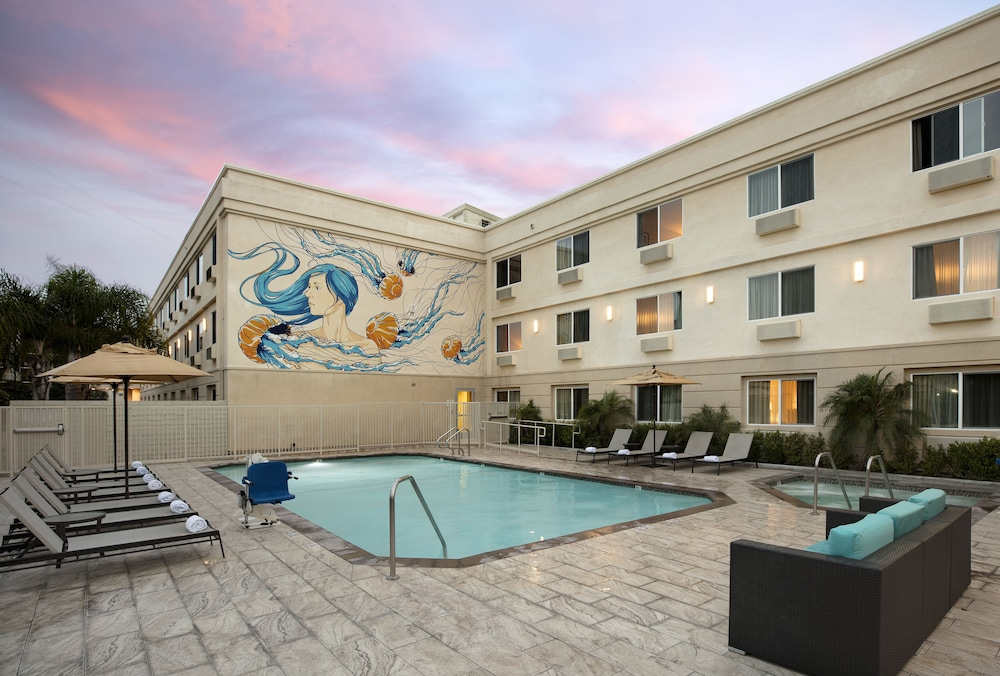 Outdoor Pool, Redondo Beach Tapestry by Hilton
