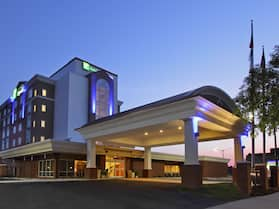 Holiday Inn Express Augusta Downtown, an IHG Hotel