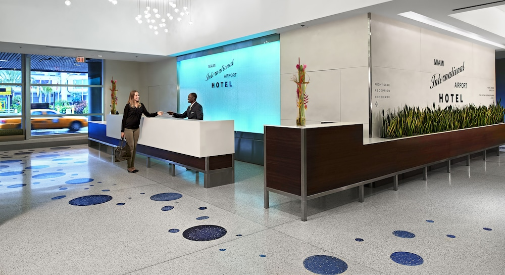 Check-in/Check-out Kiosk, Miami International Airport Hotel