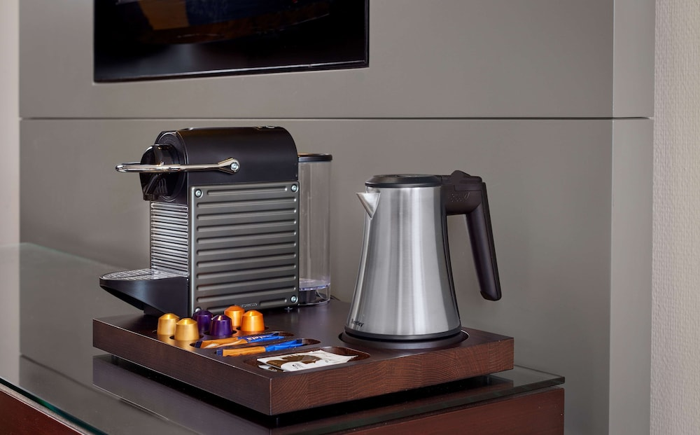 Coffee and/or Coffee Maker, Park Plaza Victoria Amsterdam