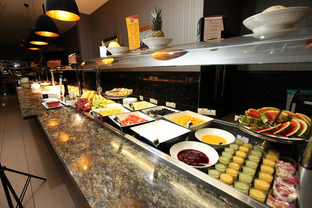 Breakfast buffet, Ashling Hotel Dublin