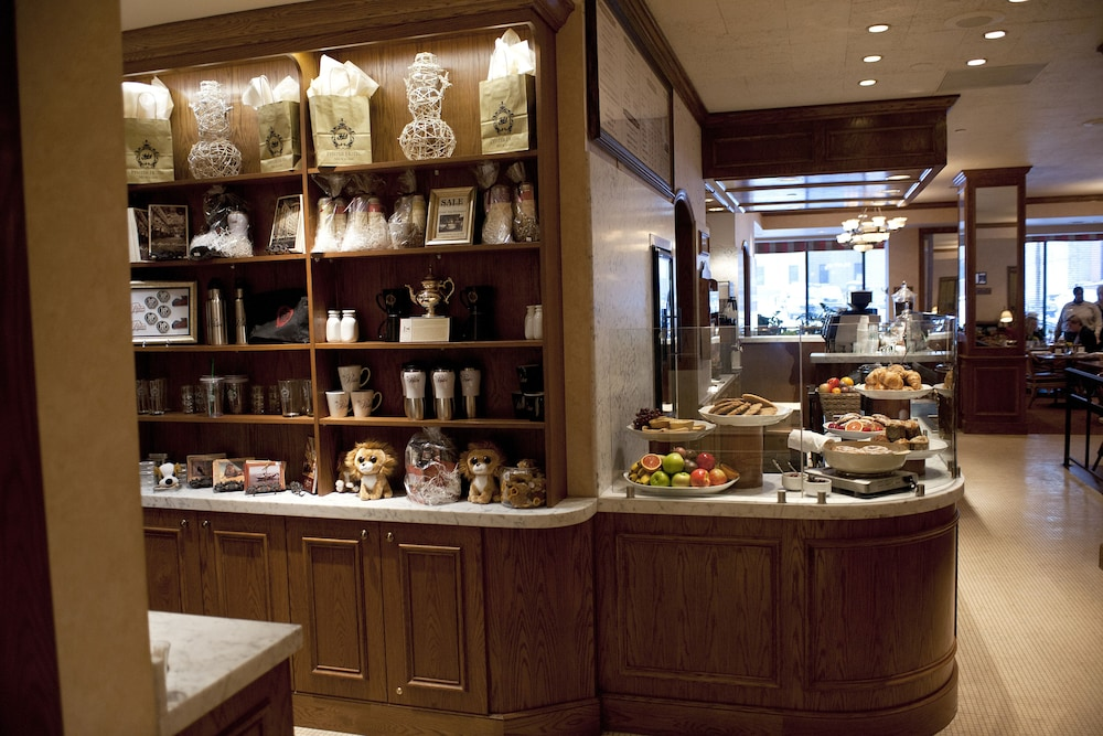 Cafe, The Pfister Hotel
