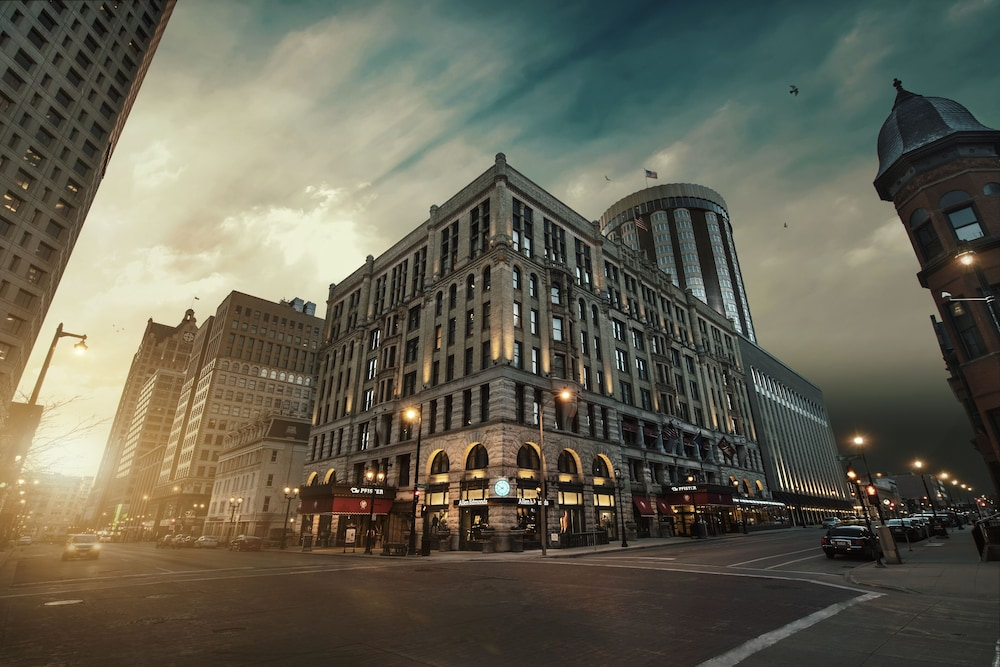 Featured Image, The Pfister Hotel