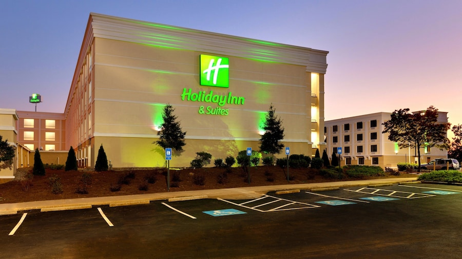 Holiday Inn Hotel & Suites Atlanta Airport-North, an IHG Hotel