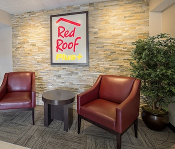 Red Roof PLUS+ Boston - Framingham - Property Image 7