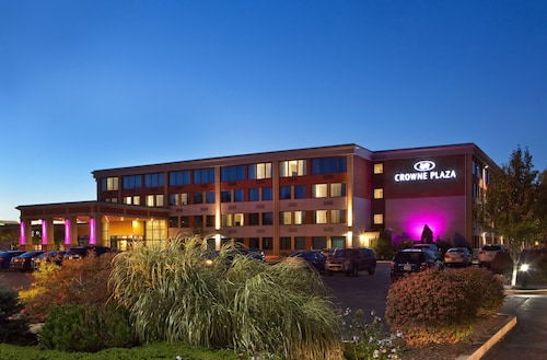 Crowne Plaza Boston - Woburn