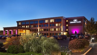 Crowne Plaza Boston - Woburn, an IHG Hotel