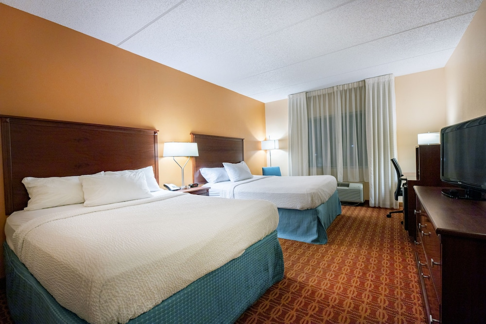 Room, Fairfield Inn & Suites by Marriott Lumberton