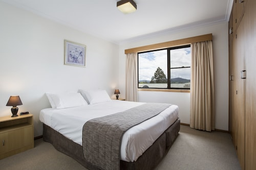 Beaconsfield Accommodation - Top Beaconsfield Hotels 2019 | Wotif