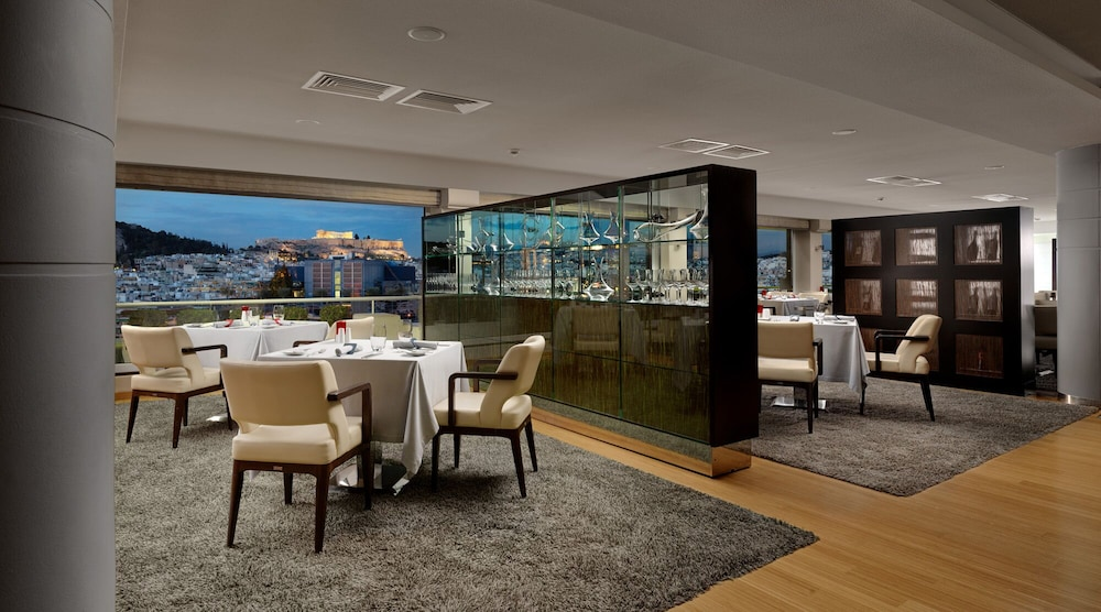 Restaurant, Athenaeum InterContinental