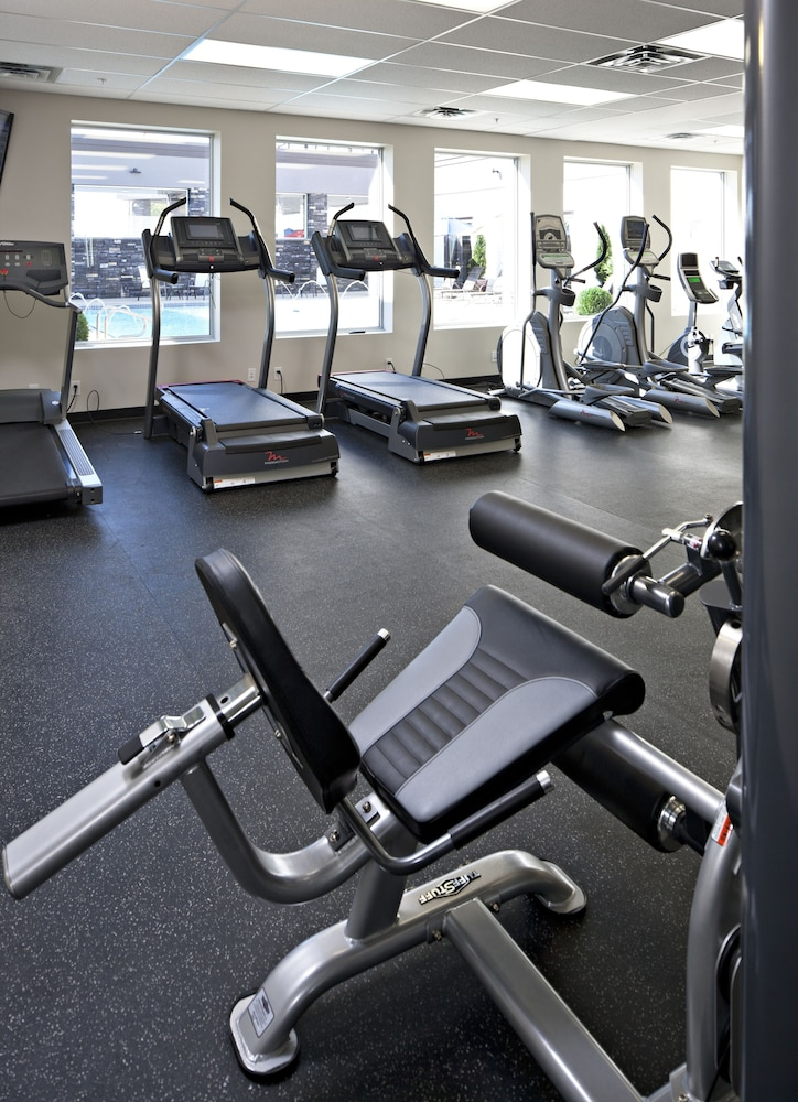 Gym, Carriage House Hotel & Conference Centre