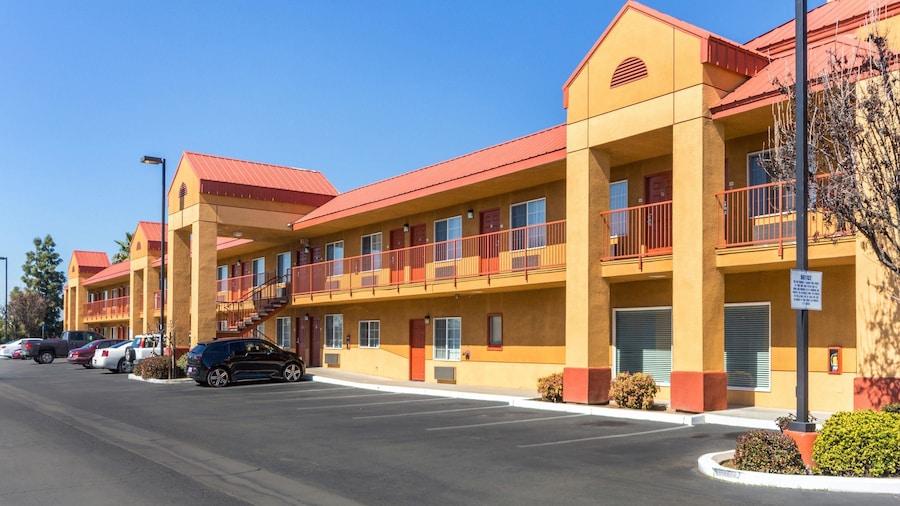 Quality Inn Fresno Near University