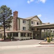 Days Inn & Suites by Wyndham East Flagstaff