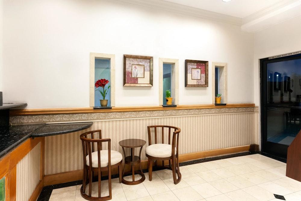 Days Inn By Wyndham Alhambra Ca In Los Angeles Hotel Rates Reviews On Orbitz