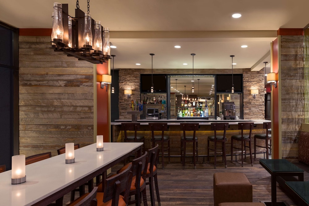 Bar, Hilton Burlington Lake Champlain