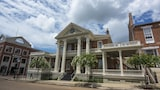 Guest House - Natchez Hotels