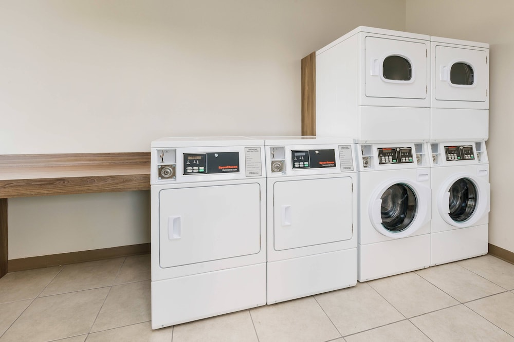 Laundry, Fairfield Inn & Suites by Marriott Marathon Florida Keys
