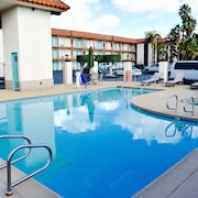 Days Inn Anaheim Near the Park