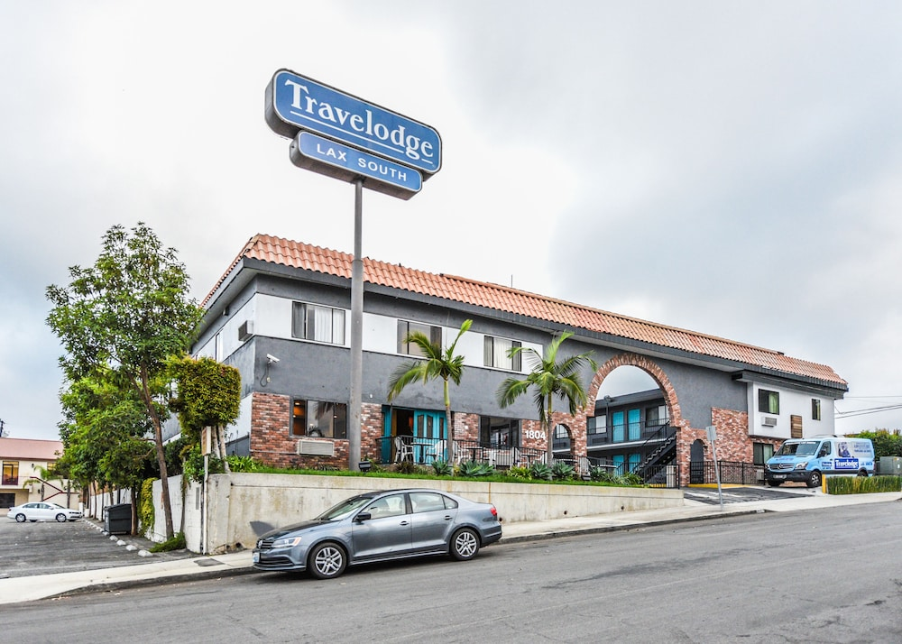Travelodge By Wyndham Lax South Deals Amp Reviews Los