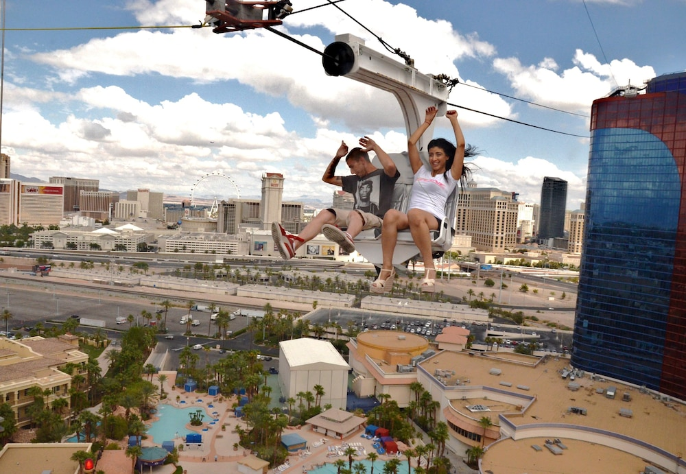Ziplining, Rio All-Suite Hotel & Casino
