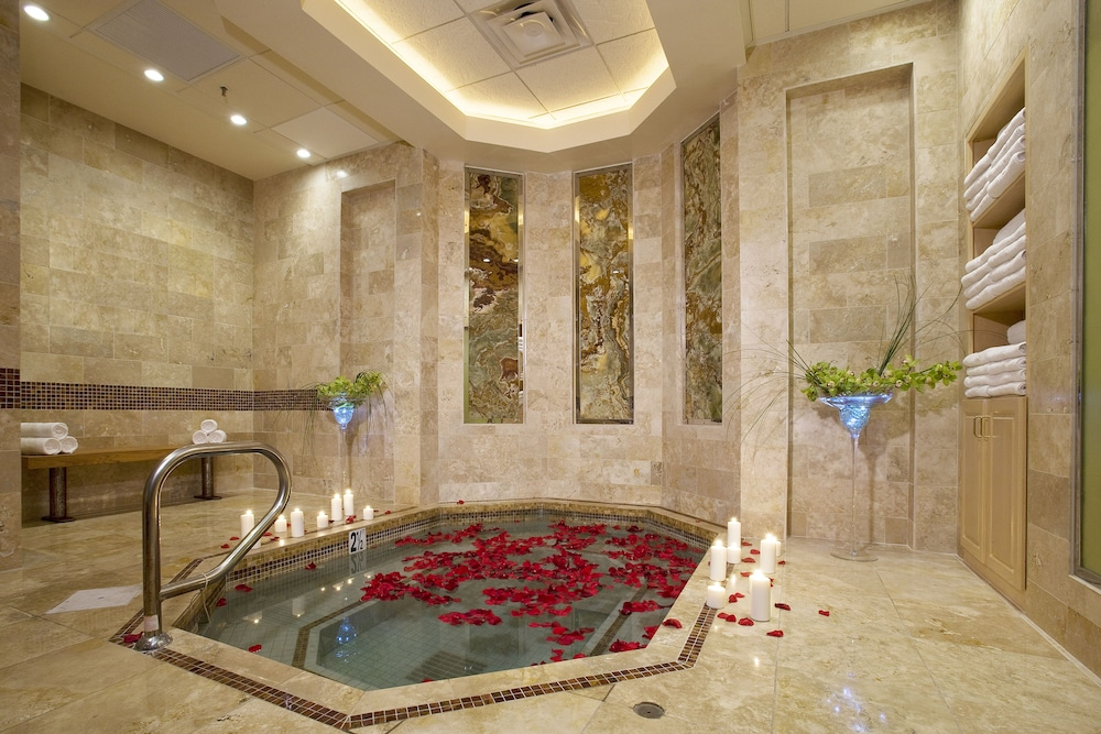 Indoor Spa Tub, Rio All-Suite Hotel & Casino
