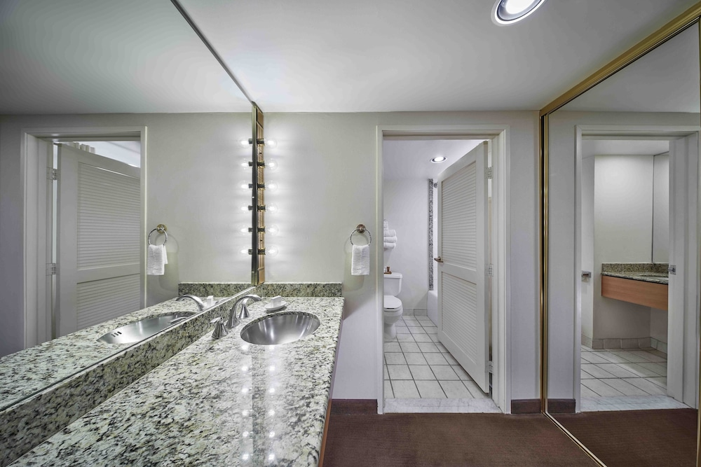 Bathroom, Rio All-Suite Hotel & Casino