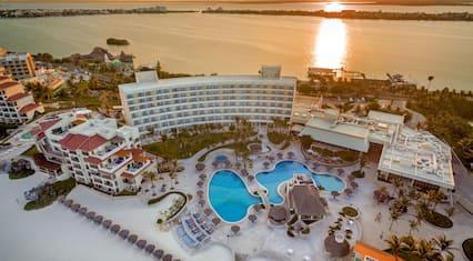 Grand Park Royal Cancun - All Inclusive