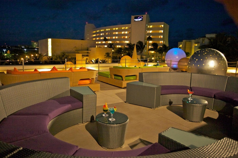 Lounge, Grand Park Royal Cancun - All Inclusive
