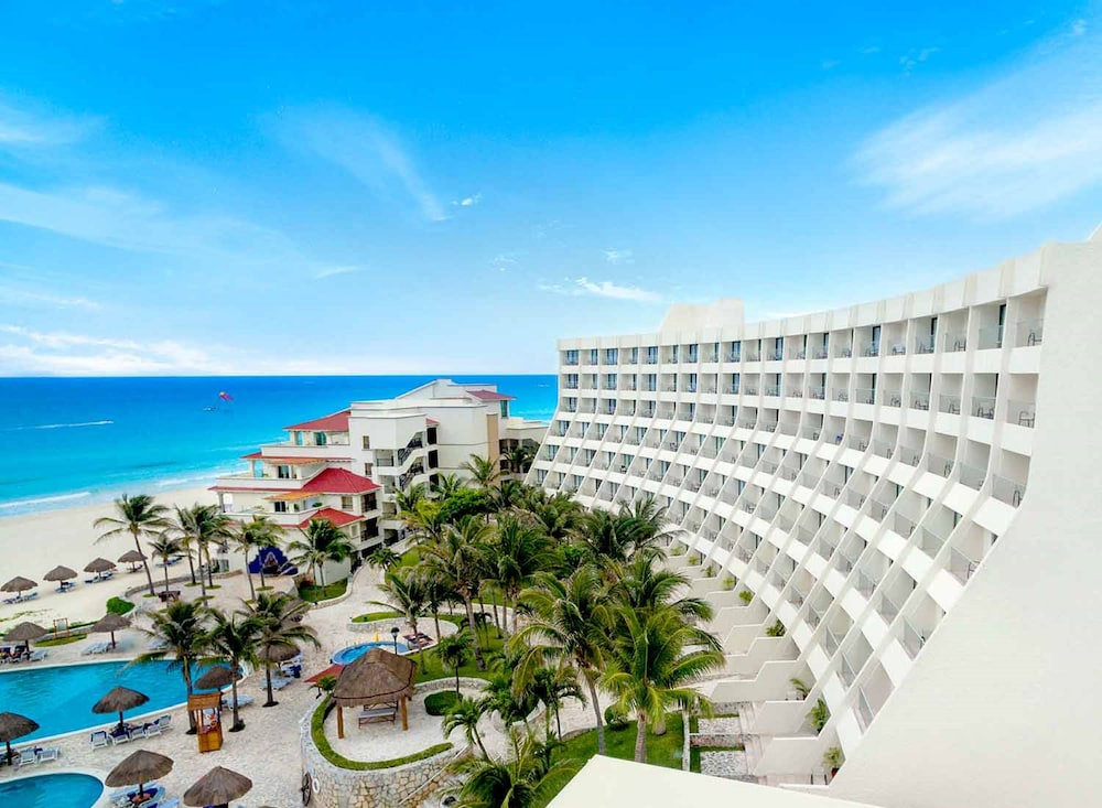 Property Grounds, Grand Park Royal Cancun - All Inclusive