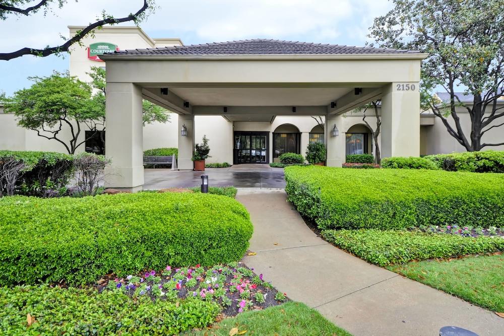 Courtyard Dallas Medical/Market Center in Dallas | Hotel Rates ...