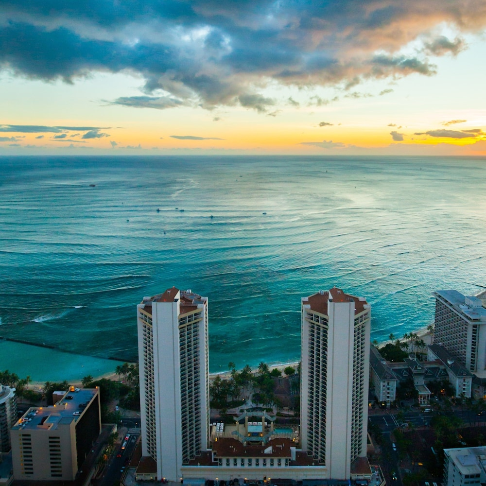 Aerial View, Hyatt Regency Waikiki Beach Resort & Spa