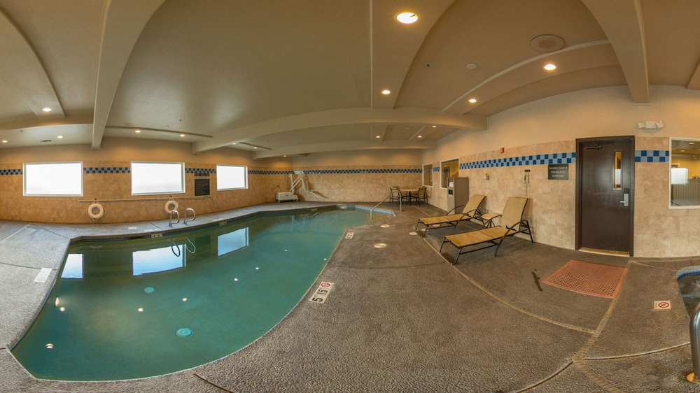 Indoor Pool, Holiday Inn Express Portland East - Troutdale, an IHG Hotel