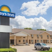 Days Inn by Wyndham Charleston