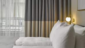 Hypo-allergenic bedding, in-room safe, blackout curtains, soundproofing