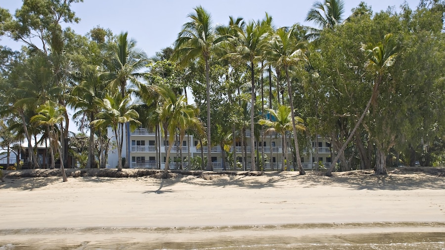 Agincourt Beachfront Apartments