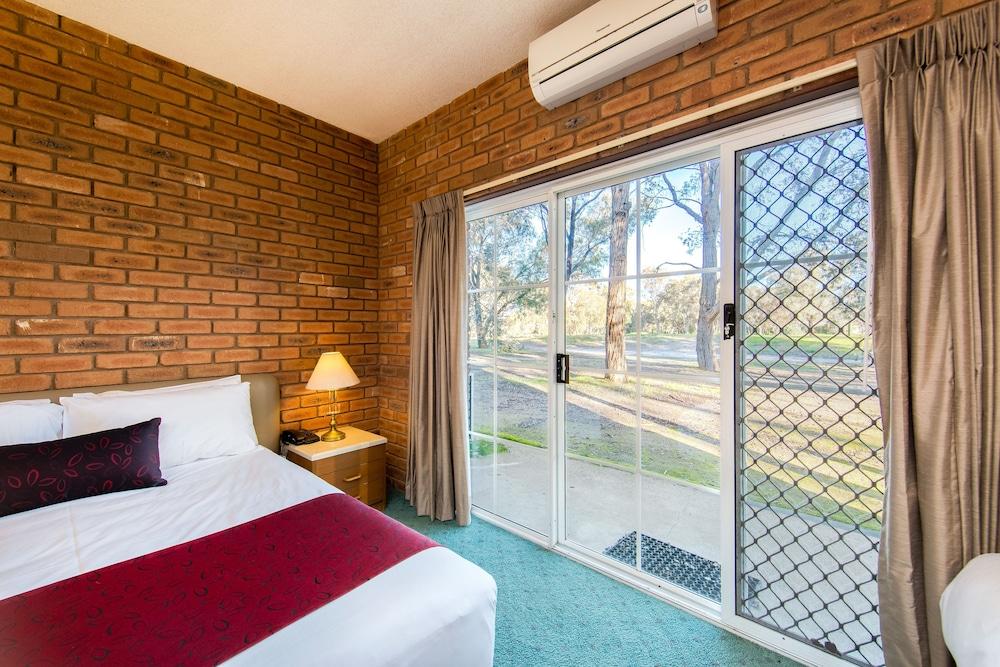 Lavington Australia  City new picture : ... Country Club Resort Deals & Reviews Lavington, Australia | Wotif