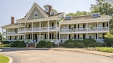 Historic Kent Manor Inn - Stevensville Hotels