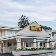 Super 8 by Wyndham W Yarmouth Hyannis/Cape Cod