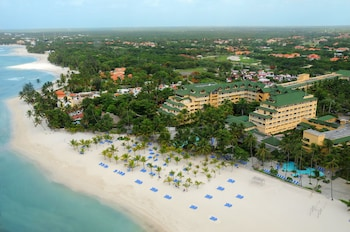 Coral Costa Caribe Resort & Spa - Free Wifi - All Inclusive
