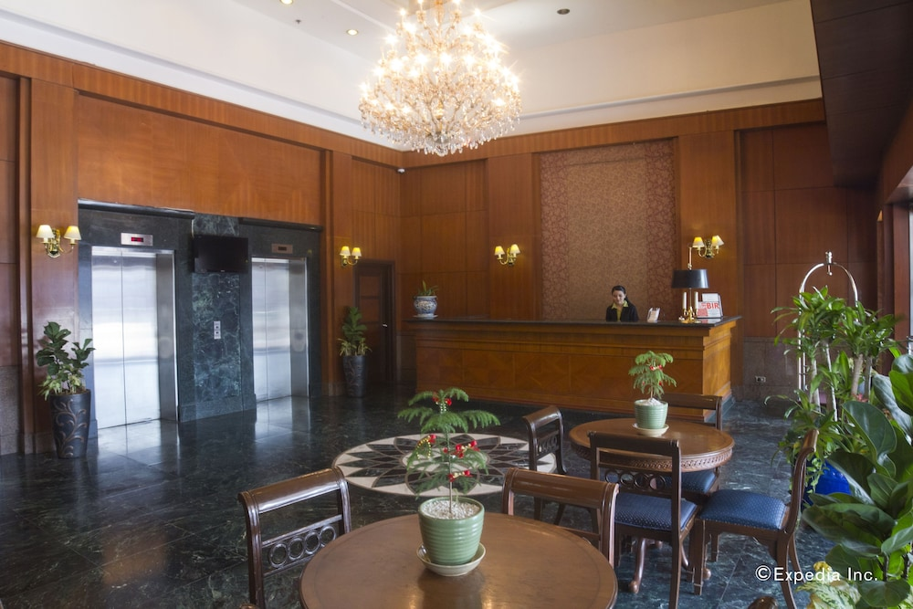 Imperial Palace Suites: 2019 Room Prices $48, Deals