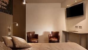 Individuell dekoriert, Schreibtisch, kostenloses WLAN
