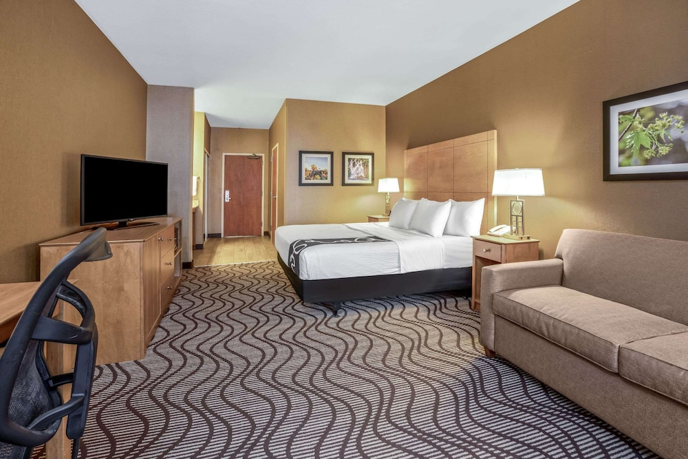 Room, La Quinta Inn & Suites by Wyndham Coeur d`Alene